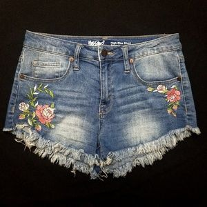 Embroidered high rise shorts